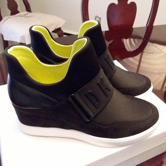 DKNY Wedge Tennis Shoe 7.5